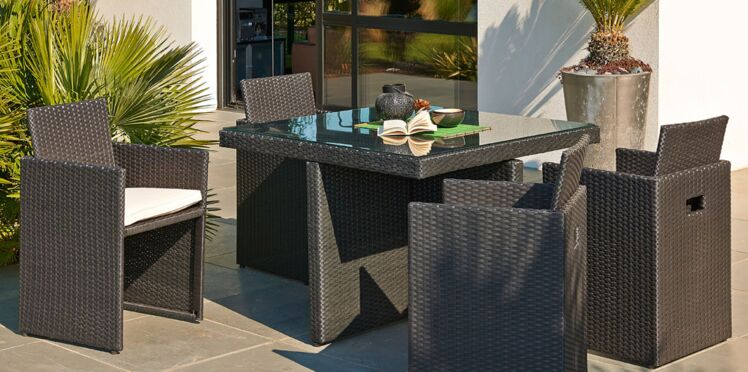 Bon plan table de jardin, le combi idéal