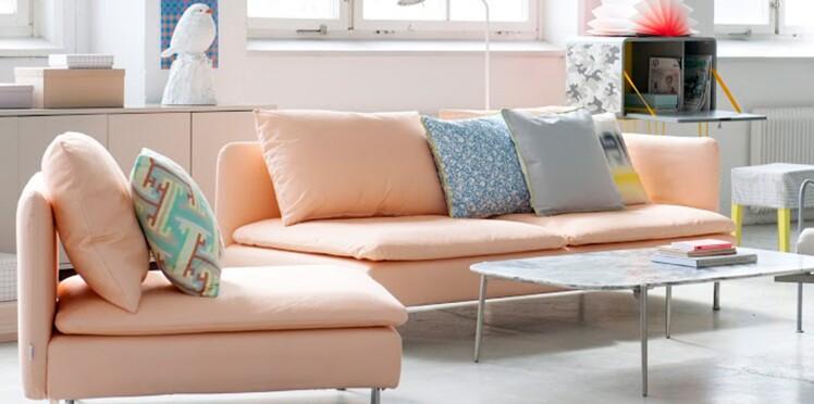 Des housses pastel pour les fauteuils Ikea