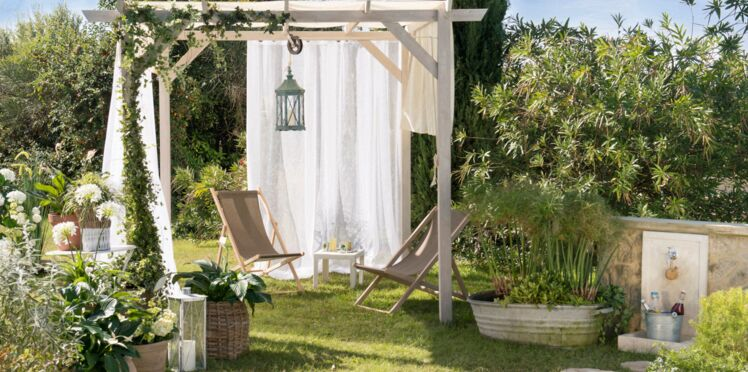 Bain de soleil au jardin