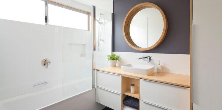 Carrelage de salle de bain : coups de pinceau pour coup de frais déco