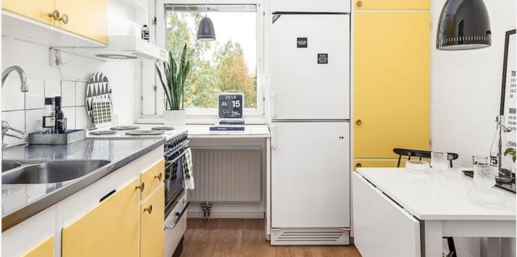 Un coin repas modulable dans une petite cuisine