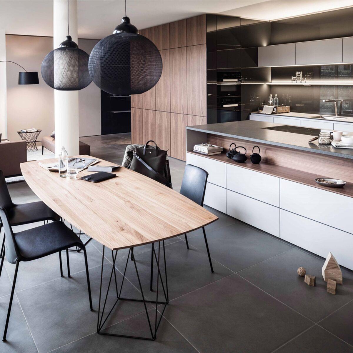 Tout pour une cuisine - salle à manger contemporaine : Femme