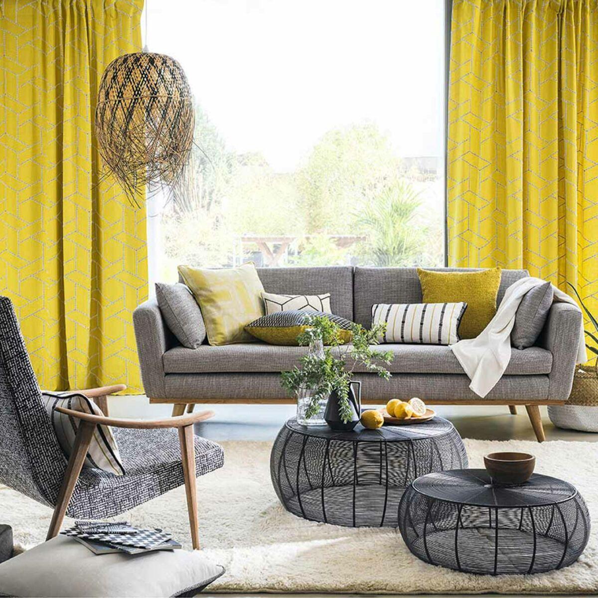 Une déco de salon en jaune et gris : Femme Actuelle Le MAG