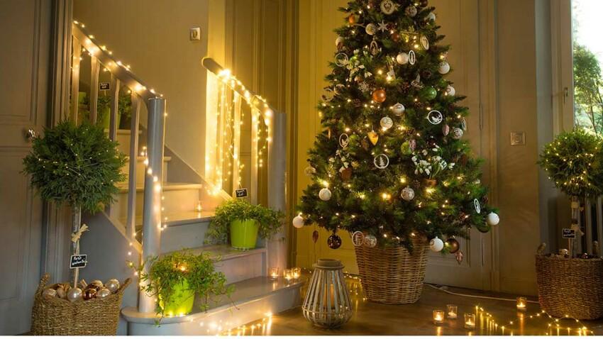 Guirlande, lanterne, photophore… De beaux éclairages intérieurs et extérieurs pour Noël