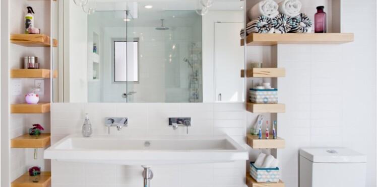 petite salle de bain 20 astuces gains de place pour tout ranger femme actuelle le mag. Black Bedroom Furniture Sets. Home Design Ideas