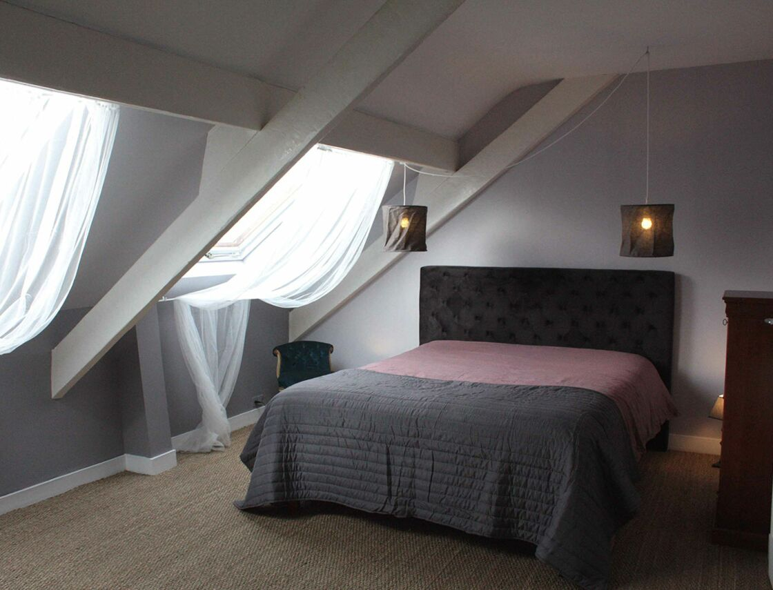 relooker sa chambre les conseils de sophie ferjani. Black Bedroom Furniture Sets. Home Design Ideas