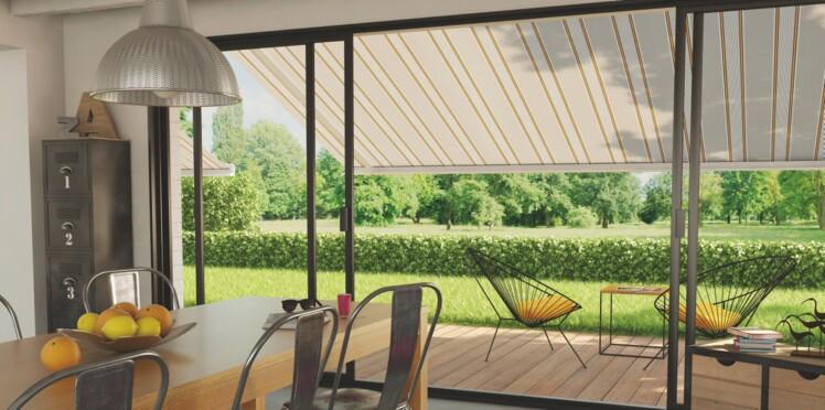 Rideaux, stores, les solutions pour se protéger du soleil