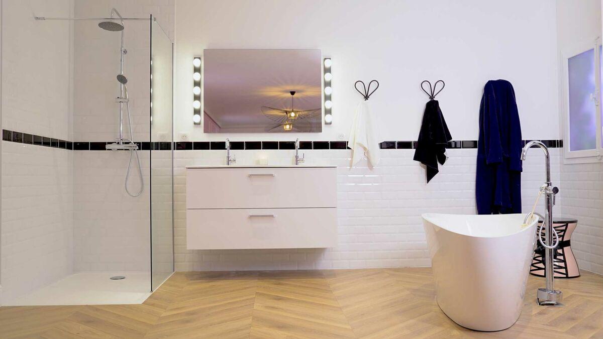 Photo Salle Bain Moderne une salle de bain moderne : femme actuelle le mag