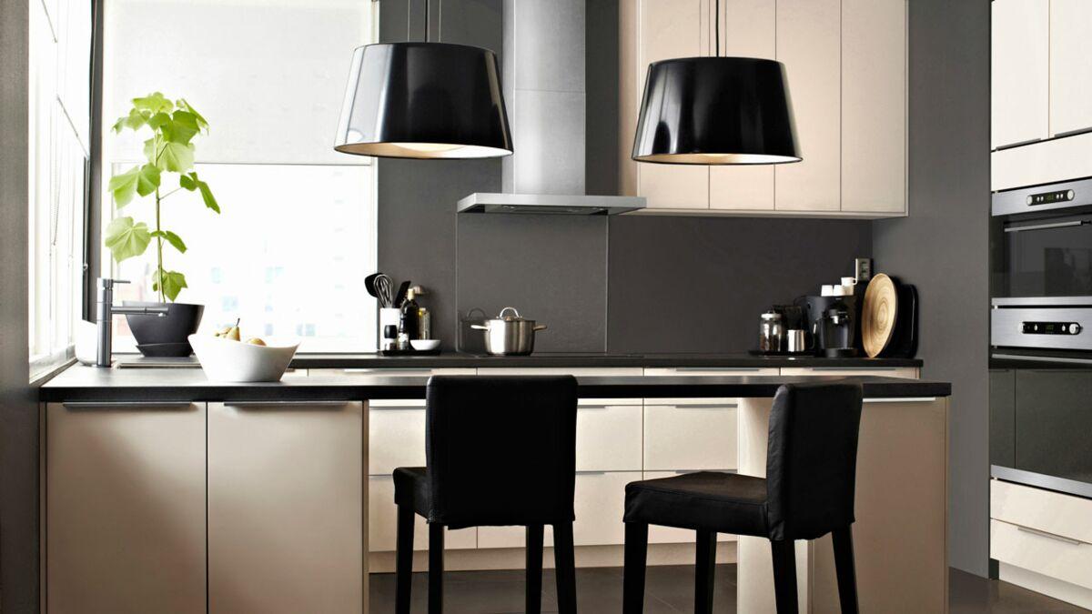 Fabriquer Une Table De Cuisine Avec Un Plan De Travail table de cuisine : quel modèle choisir ? : femme actuelle le mag