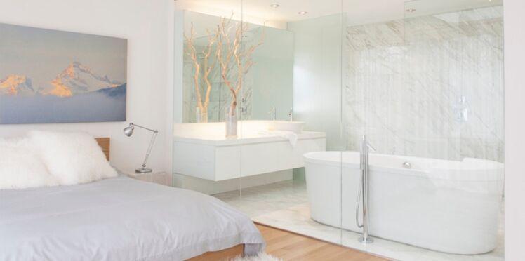 Une salle de bains dans la chambre : 13 idées originales