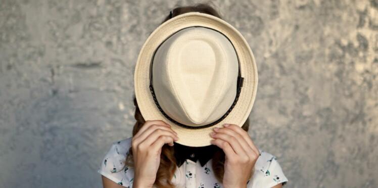Comment aider mon ado à vaincre sa timidité ?