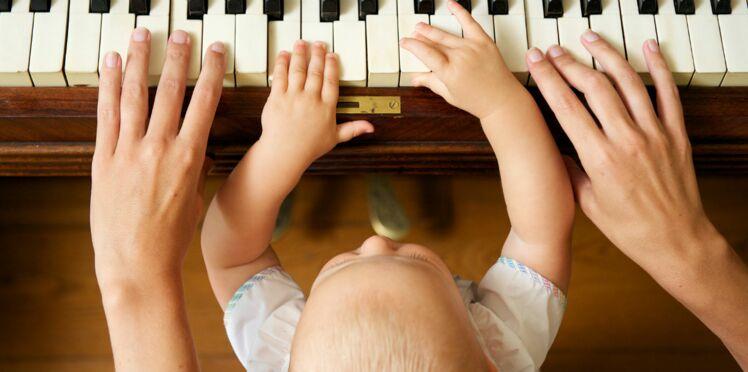 Comment initier bébé à la musique ?