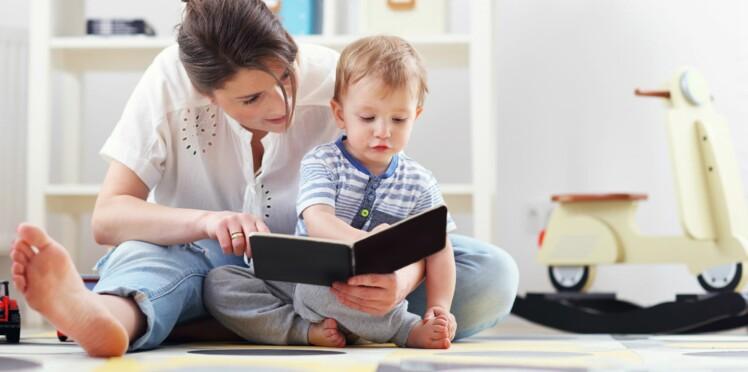 Comment bien choisir un livre pour mon bébé?