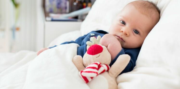 Bébé a un petit bouton rouge: faut-il s'inquiéter?