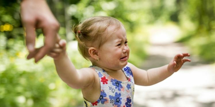 Bébé a une grosse bosse : comment le soigner ?