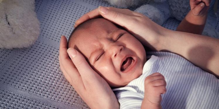 Comment calmer un bébé qui pleure ? (vidéo)