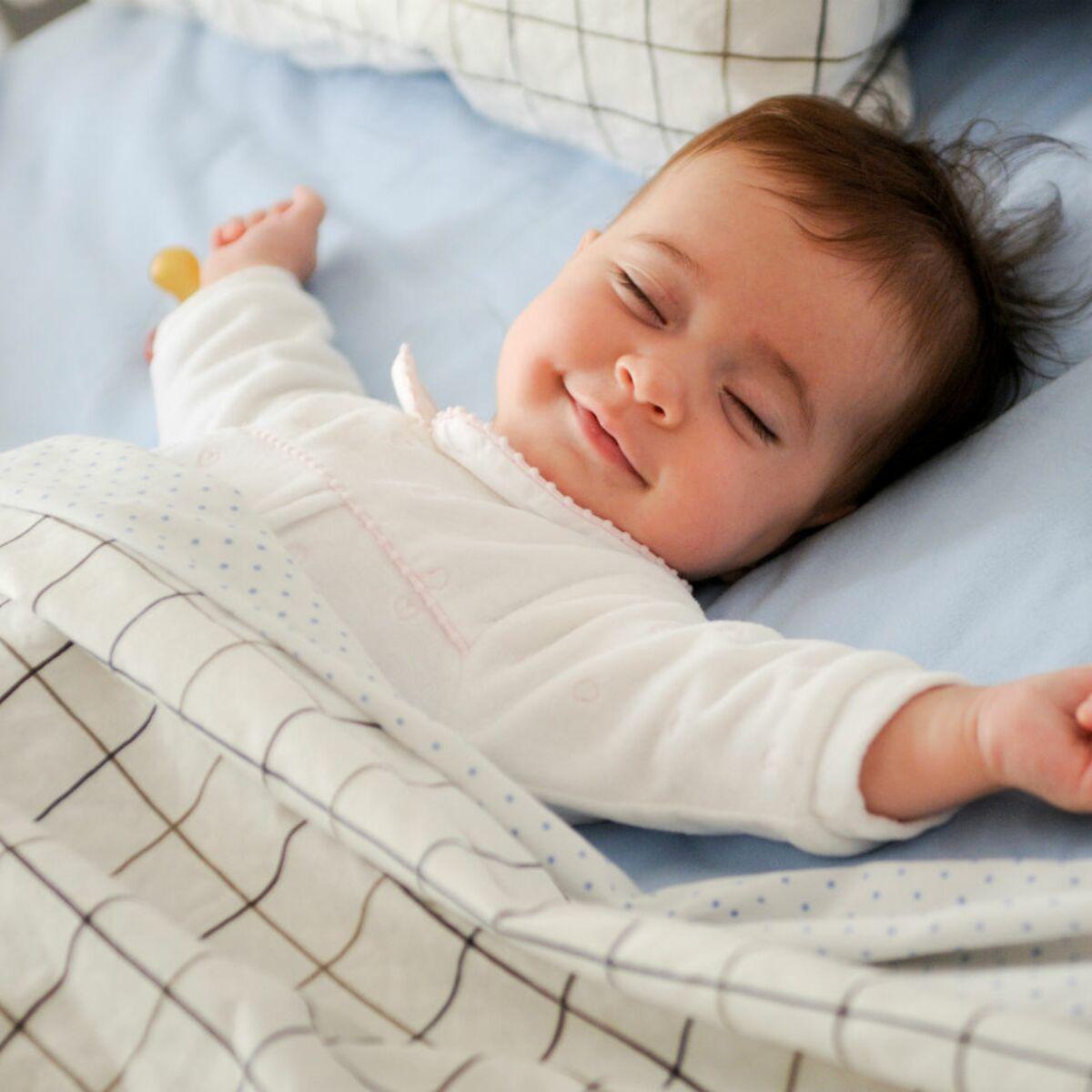 Comment Rafraichir Une Chambre De Bébé canicule : comment aider bébé à dormir malgré la chaleur