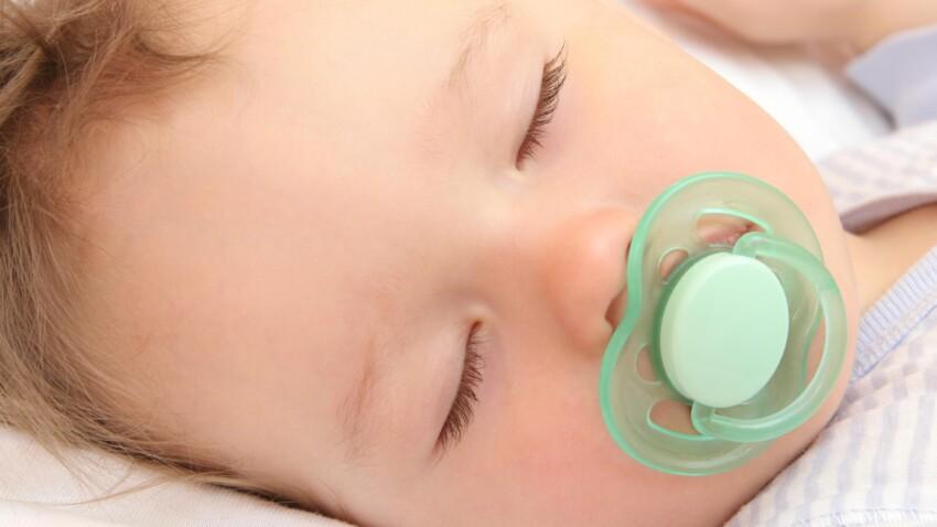 Comment bien choisir une sucette pour bébé ?