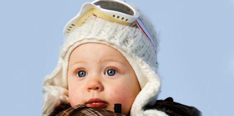 Un bébé au top à la montagne