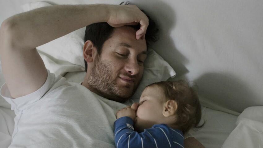 Expo : ces papas qui prennent un congé parental
