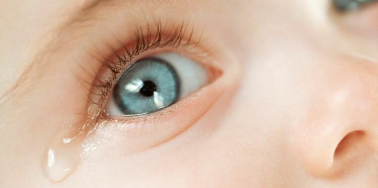 Mon bébé a un œil qui pleure, que faire ?