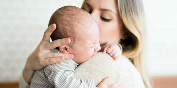 Santé de bébé : les conseils de nos mères qu'on ne devrait plus écouter