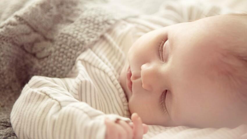 Le sommeil de bébé de la naissance à 9 mois