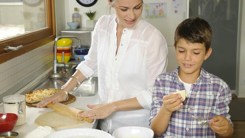 Cuisiner A 4 Mains C Est Trop Amusant Femme Actuelle Le Mag