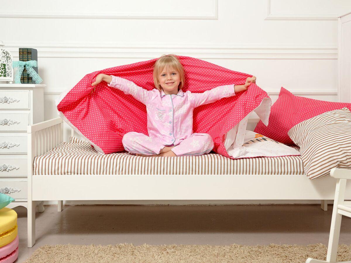 Lit Au Sol Montessori Quel Age comment assurer la transition vers le lit de grand ? : femme