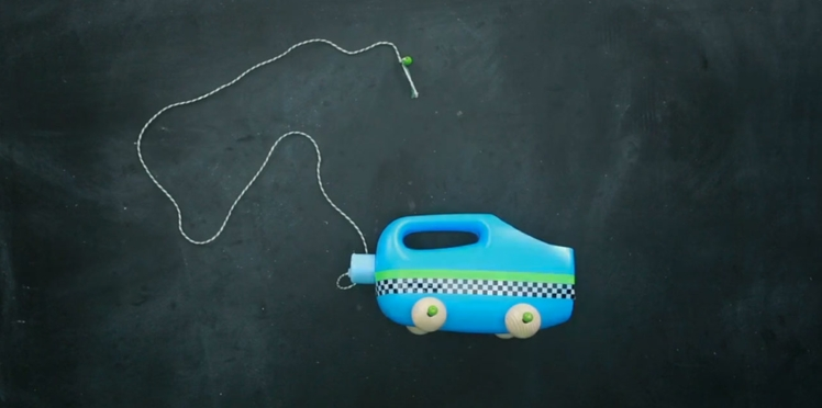 Créer soi-même une voiture à tirer (vidéo)