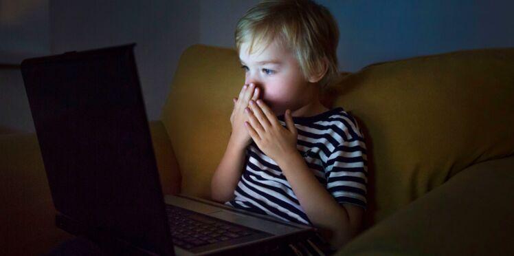 Mon enfant est tombé sur du porno : comment réagir ?
