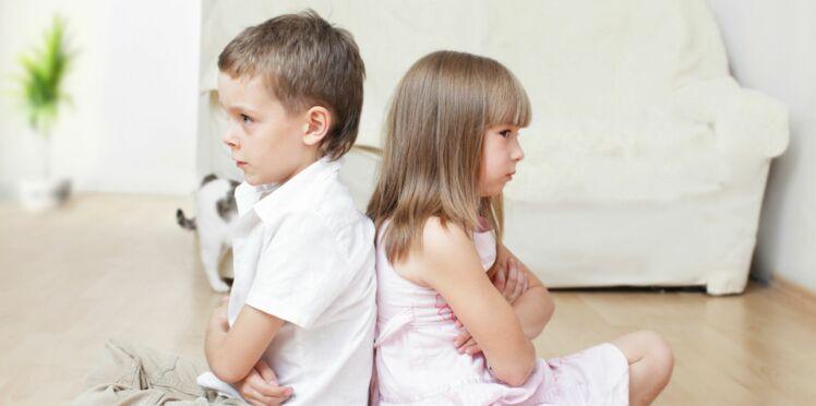 Frères et sœurs : comment les aider à bien s'entendre ?