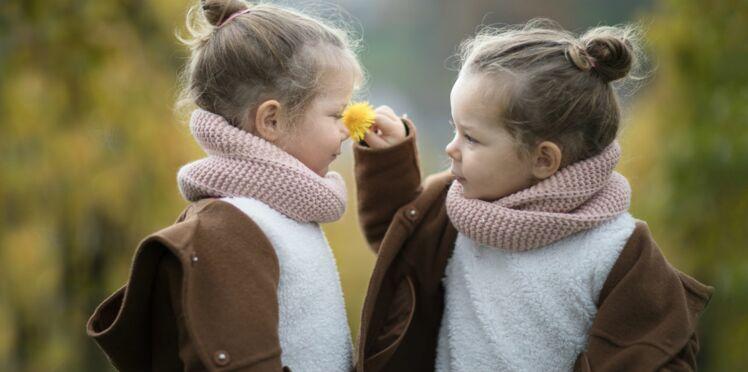 Vrai/Faux : 7 idées reçues sur les jumeaux