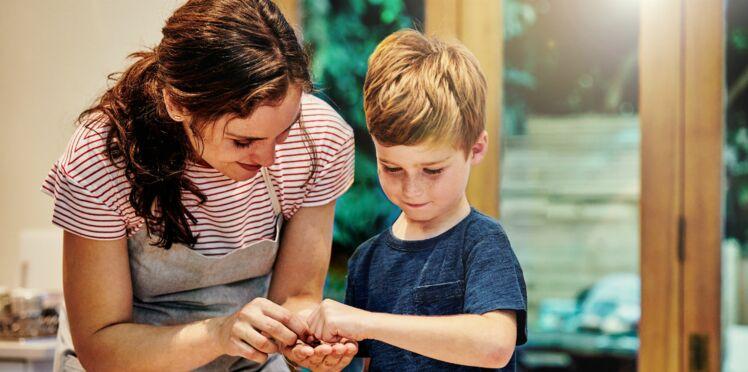 7 astuces pour que mon enfant aide à la maison