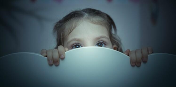 Pourquoi les enfants aiment jouer à  se faire peur ?