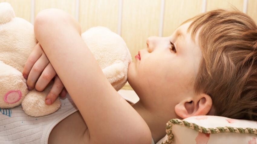 Attentats : les conseils des pédiatres pour en parler aux enfants à partir de 6 ans
