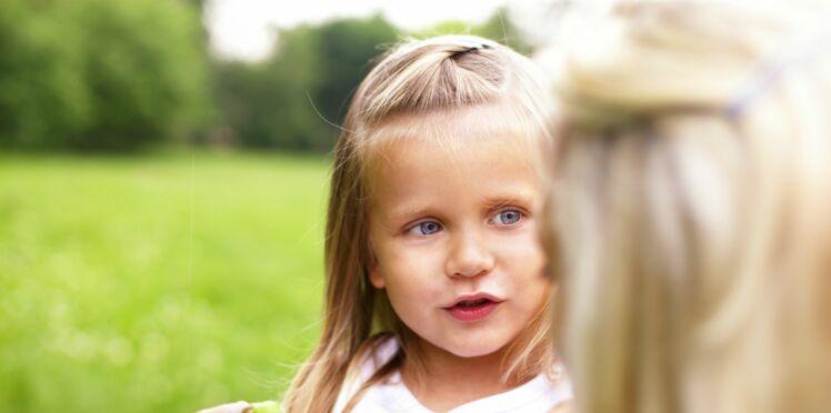 Bégaiement de l'enfant : comment avoir la bonne attitude pour l'aider ?