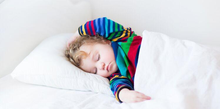 Mon enfant dort mal : à chaque problème sa solution