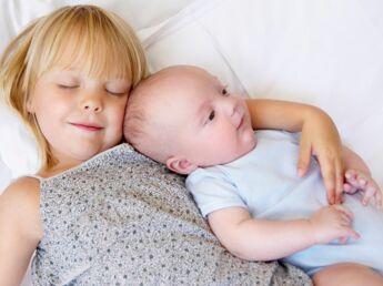 Gérer la rivalité à l'arrivée d'un nouvel enfant