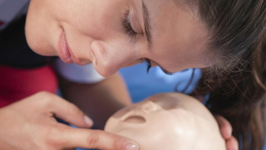 Premiers secours : le massage cardiaque chez l'enfant