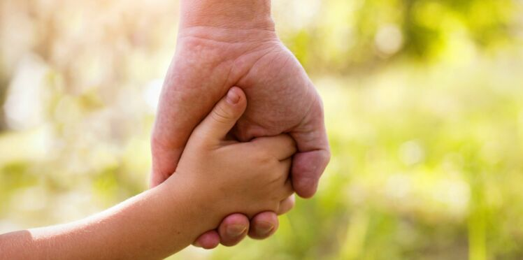 Adoption d'un enfant : les démarches à effectuer
