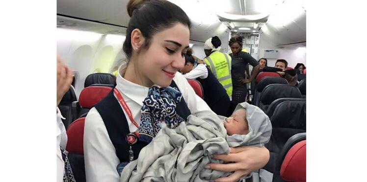 Un bébé prématuré naît sur un vol grâce à l'équipage Turkish Airlines