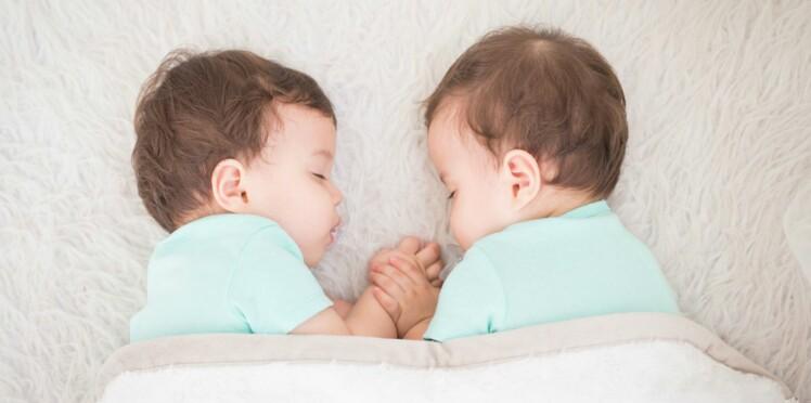 Accouchement : la césarienne serait plus risquée pour les jumeaux