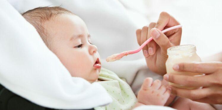 Pour éviter les allergies à l'arachide, il faudrait en faire manger à bébé le plus tôt possible