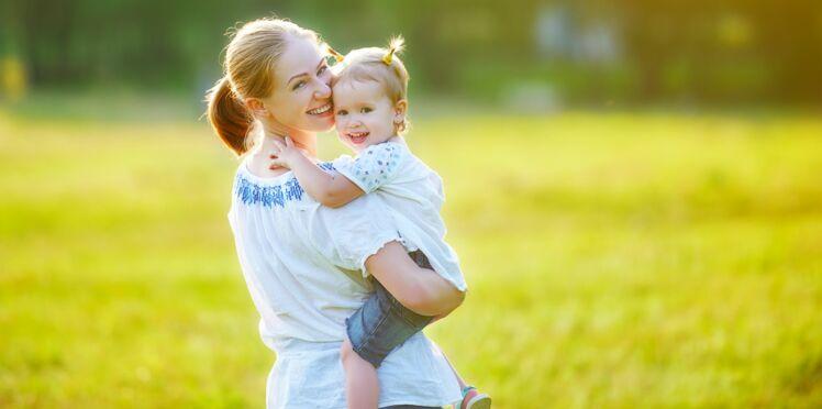 Quelles sont les aspirations des mamans françaises pour leurs enfants ?