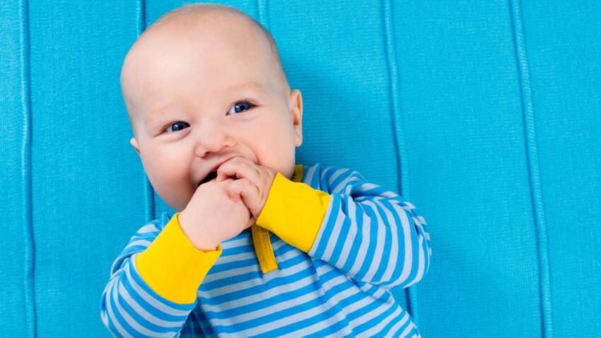 Les bébés peuvent-ils avoir des pensées sur leurs propres pensées ?