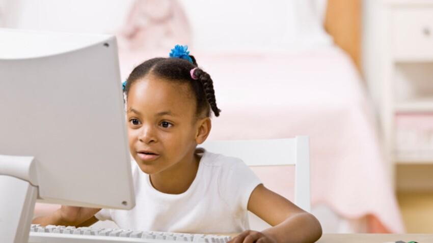 Internet : un numéro vert pour aider les parents