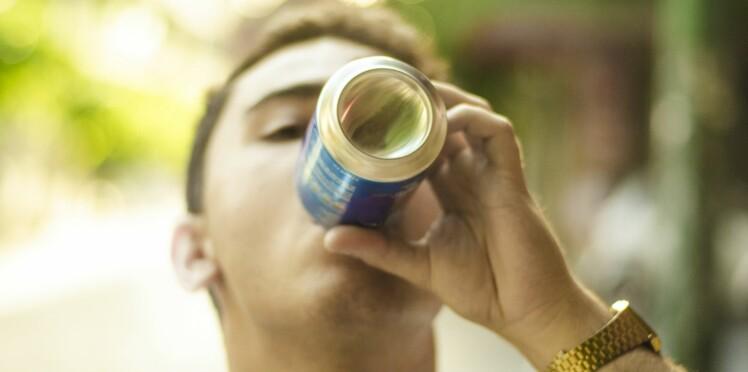 Les distributeurs de sodas dans les collèges et lycées, c'est bientôt fini !