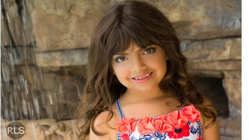 Elle maquille sa fille de 7 ans pour l'école et crée une polémique