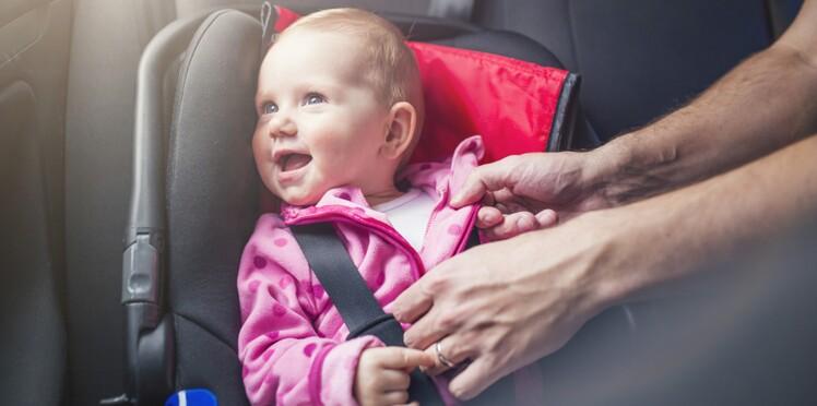 49% des enfants de moins de 3 ans ont déjà voyagé mal attachés